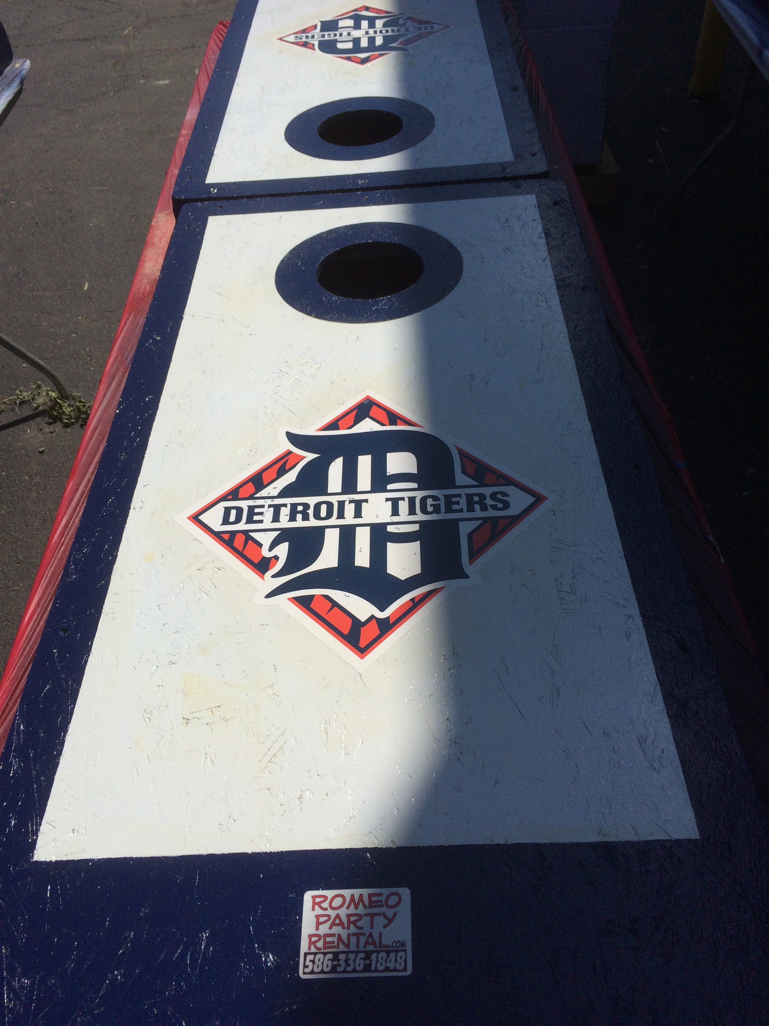 Detroit Tigers Cornhole Board