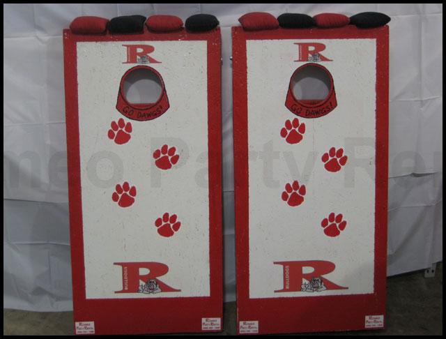 Romeo Bulldogs Cornhole Board