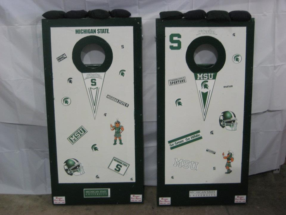Michigan State Cornhole Board